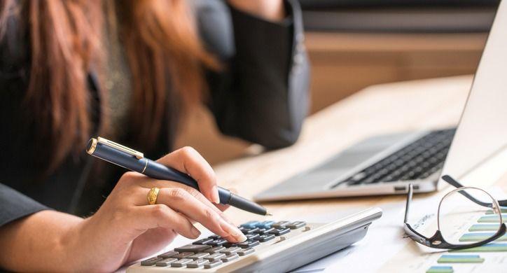 Making payroll calculations